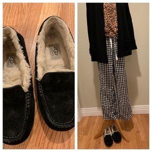 Black suede Ugg slippers moccasins size 6